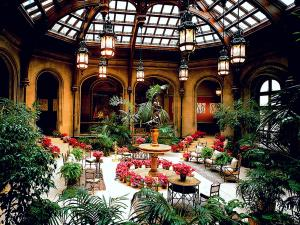 house-biltmore-estate-interiors-02-1f-winter-garden-01